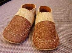 32 Free DIY Tutorials for Making Your Own Baby Shoes