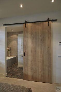 moderne boerderij, lauwers ontwerp, the art of living Boho Living Room, City Living, Bathroom Interior Design, Kitchen Interior, Modern House Design, Modern Houses, Bathroom Inspiration, Door Design, New Homes