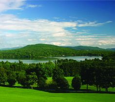 A Getaway for the Mind, Body and Sprit at Kripalu Center for Yoga and Health · Eco-Chick Best Places To Travel, Places To See, Best Yoga Retreats, Night Swimming, Yoga Courses, Outdoor Activities, Kayaking, Vacation, World