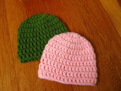Easy, quick newborn hat: perfect basic hat! I've made them in several colors already!