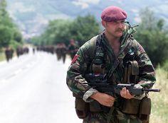 1999 paras Kosovo 4a.jpg 1,556×1,152 pixels