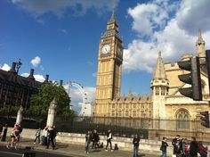 The #ElizabethTower was, apparently, previously known as the Clock Tower but the name was changed in 2012 to mark the occasion of Queen Elizabeth's Diamond Jubilee – incidentally, for the pedants out there, it was only ever called St Stephen's Tower by the Victorians. #travel
