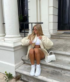 Fashion Lookbook, Cute Casual Outfits, Aesthetic Pictures, Autumn Winter Fashion, Spring Outfits, Hipster, Super Cute, Photoshoot, Photo And Video