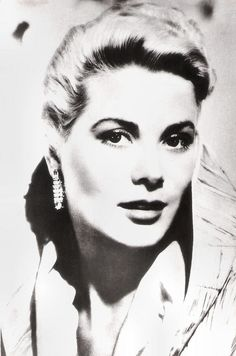 https://flic.kr/p/MN8TPe   Grace Kelly   Yugoslavian postcard by Yugoturist, Beograd / Studio Sombor, no. 183.  American actress Grace Kelly (1929-1982) had a brief but very successful Hollywood career. She was the sparkling, elegant heroin in three classic Alfred Hitchcock thrillers. Her talents rivaled her beauty, winning her a Best Actress Oscar for The Country Girl in 1954. After marrying Prince Rainier III in April 1956, she became Princess of Monaco and retired from the cinema.