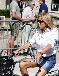Brigitte Macron : pourquoi elle ne se sépare jamais de sa montre fétiche  - Elle