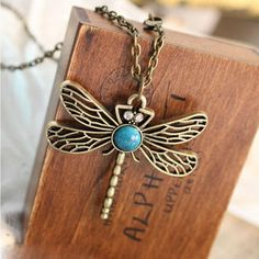 YouMap Game Of Thrones Necklace Song Of Ice And Fire Sansa Stark Vintage Dragonfly Pendant Necklace For Women Y5R1