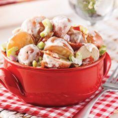 Salade tiède de pommes de terre aux légumes et bacon croustillant - Soupers de semaine - Recettes 5-15 - Recettes express 5/15 - Pratico Pratique