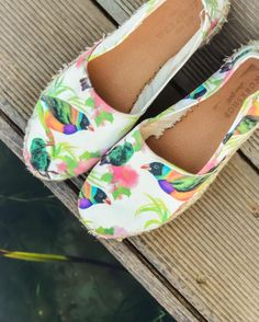 The Workshop Shoes - Summer shoes don't care Summer Shoes, Don't Care, Toms, Workshop, Spring Summer, Sneakers, Handmade, Collection, Fashion