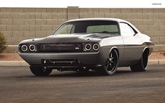 Imagen de http://cdn1.carhdwalls.com/wallpapers/dodge/challenger/roadster-shop-dodge-challenger-1970-1322-1920x1200.jpg.
