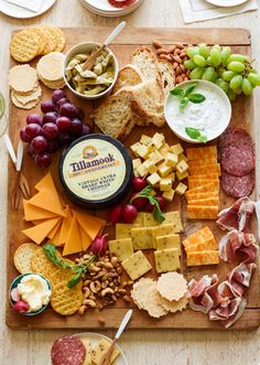 Spring Cheese Board & everything you could possibly need for the perfect cheese board! - What's Gaby Cooking Food Platters, Cheese Platters, Meat Platter, Cheese Snacks, Appetizers For Party, Appetizer Recipes, Tapas, Fingers Food, Whats Gaby Cooking