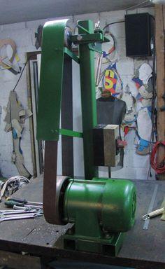 Belt Grinder, Electronic Schematics, Modelos 3d, Belt Drive, Paladin, Knife Making, Knifes, Diy Tools, Diy And Crafts