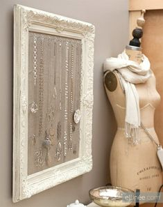 Jewelry holder.  Category » DIY Home « @ Do it Yourself Home Ideas