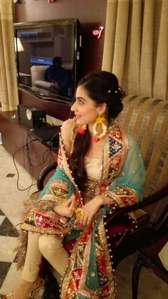 Gota on nauratan Rana Noman Pakistani Wedding Outfits, Bridal Outfits, Pakistani Dresses, Indian Dresses, Indian Outfits, Mehndi Dress, Mehendi, Shadi Dresses, Pakistan Fashion