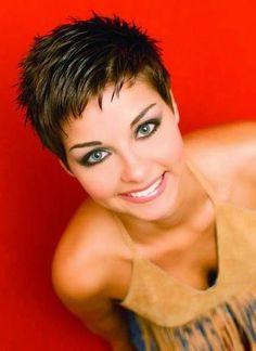 Los Peinados para Cabello Corto están en Tendencia ! Un Nuevo Peinado de Cabello es una NUEVA VIDA para una Mujer, es Cierto con los Cortes de Pelo Corto ♥