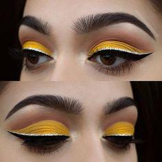 60 Ideas Party Makeup Ideas Glitter Eyeshadow Cut Crease For 2019 Yellow Eye Makeup, Yellow Eyeshadow, Glitter Eyeshadow, Eyeshadow Looks, Eyeshadow Makeup, Eyeshadows, Eyeshadow Palette, Cut Crease Eyeshadow, Creamy Eyeshadow