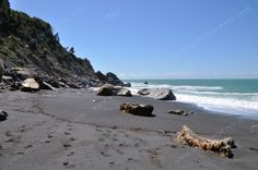 Punta Corvo - náročnější sestup po schodech na pláž s černým pískem se rozhodně vyplatí