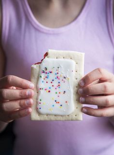 gluten-free strawberry pop-tarts