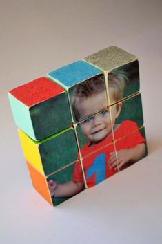 Tutorial for making photo puzzle blocks. Print your own photos and create a puzzle for kids. Photo Projects, Diy Projects For Teens, Diy Gifts, Handmade Gifts, Photo Blocks, Diy Photo, Photo Ideas, Puzzles For Kids, Wooden Puzzles