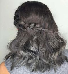 We've gathered our favorite ideas for Silver And Gray Hair 130 Free Hair Color Pictures, Explore our list of popular images of Silver And Gray Hair 130 Free Hair Color Pictures. Silver Ombre Hair, Ombre Hair Color, Bright Hair Colors, Brown Hair Colors, Colours, Lila Shampoo, Black And Grey Hair, Gray Hair, Vegas Hair