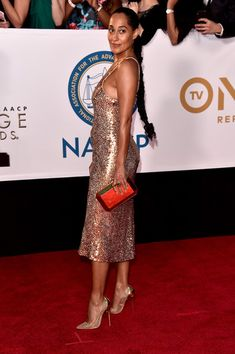 Tracee Ellis Ross Photos - Tracee Ellis Ross attends the NAACP Image Awards at Pasadena Civic Auditorium on January 2018 in Pasadena, California. Maxi Romper, Maxi Wrap Dress, Tracey Ellis, Sneaker Store, Beach Wear Dresses, Lounge Dresses, Backless Dresses, Linen Dresses, Tracee Ellis Ross