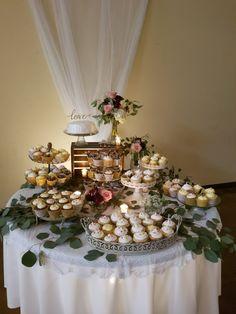 Cupcake table - eucalyptus, roses and hydrangea. Cupcake Table - Eucalyptus, Roses and Hydrangea. Wedding Cupcake Table, Wedding Cake Display, Pretty Wedding Cakes, Wedding Cake Rustic, Wedding Cakes With Cupcakes, Wedding Desserts, Cupcake Cakes, Wedding Decorations, Wedding Ideas