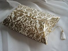 Gold (just 10 left) Pouch, Rugs, Wallpaper, Gold, Crafts, Home Decor, Farmhouse Rugs, Manualidades, Decoration Home