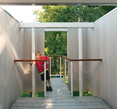 Kid-Friendly Treehouse in Upstate New York
