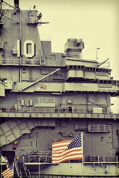 USS Yorktown Aircraft Carrier Museum in Charleston South Carolina. Camped with my family on this ship for the weekend. Yeah, literally, consider it camping even though we ladies had the officers' quarters. Places Ive Been, Places To Go, Uss Yorktown, Navy Day, Us Navy Ships, Charleston South Carolina, Aircraft Carrier, Around The Worlds, Girl Scouts