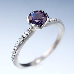 Chatham-Alexandrite-Diamond-pave-enagements-ring_DSC_2352_1024x1024.jpg (1024×1024)