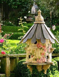 Bird House in the Garden~Cottage Garden. Dream Garden, Garden Art, Garden Design, Landscape Design, Garden Ideas, Beautiful Birds, Beautiful Gardens, Pretty Birds, House Beautiful