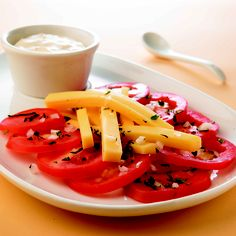 ¡Ensalada de jitomate con albahaca fresca!