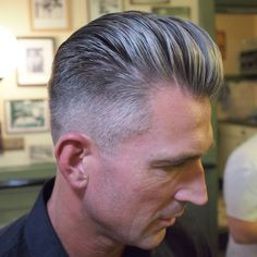 awesome 70 Beautiful Taper Fade Haircut Styles For Men – Find Your Lifestyle Che… awesome 70 Beautiful Taper Fade Haircut Styles For Men – Find Your Lifestyle Check more at machohairstyles. Hipster Haircuts For Men, Boy Haircuts Short, Short Afro Hairstyles, Classic Hairstyles, Boy Hairstyles, Men's Haircuts, Modern Pompadour, Pompadour Fade, Pompadour Hairstyle