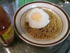 Indomie goreng Indonesian Cuisine, Breakfast, Food, Morning Coffee, Essen, Indonesian Food, Meals, Yemek, Eten