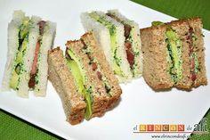 Esta crema de berros con queso, tomate y aguacate para untar en sandwiches es ideal para cualquier momento informal o para un picnic al aire libre.