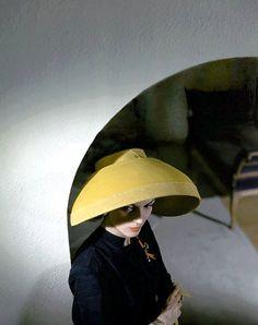 yellow hat 1943