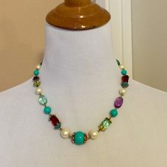 Carolee Multi-Colored Necklace Very pretty 😍 I can only ship starting NOVEMBER 5th. Carolee Jewelry Necklaces