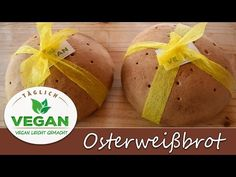Osterweißbrot Baked Potato, Vegan, Baking, Videos, Ethnic Recipes, Food, Easter Activities, Recipies, Bakken