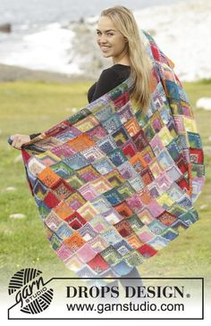 Lost and Found by DROPS Design. Fun and colourful blanket. Free #knitting…