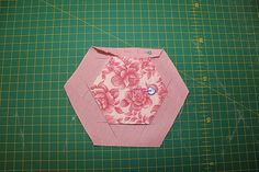 Silly Goose Quilts: Tutorial - Quilt As You Go Hexagons