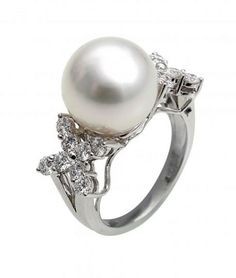 Pearl Rings White Gold | Yoko London 18 Carat White Gold South Sea Pearl Ring in White - Lyst