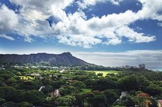 Stunning Diamond Head View rooms offer an exceptional vantage point of this famed landscape. #Hawaii #Waikiki #AquaHotels