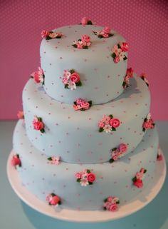Cath Kidston style cake by Victoria's Kitchen. Description from pinterest.com. I searched for this on bing.com/images