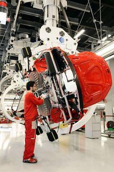 (Ferrari FF Supercar Production)