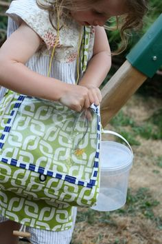 The Crafty Kitty | The nature explorer bag - free d/l and tutorial
