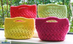 Material Barbante EuroRoma 4/6 Agulha para crochê 3,5 mm.