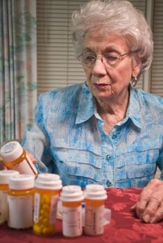 Are Your Aging Parents Taking Too Many Pills? Did you ever ask your aging parents how many prescriptions they are taking? The answer could surprise you. #aging #seniors #elderly