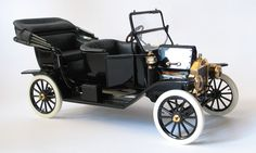 "1913 Ford Model ""T"" Convertible Franklin Mint  Scale:1/16"