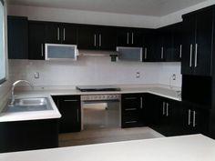 Cocina Kitchen Room Design, Kitchen Cabinet Design, Kitchen Sets, Home Decor Kitchen, Interior Design Kitchen, Diy Kitchen, Farmhouse Kitchen Cabinets, Kitchen Cupboards, Modular Home Designs