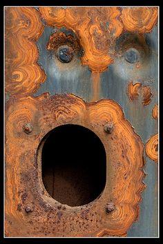 """LE CRI ! Rouille, métal, corrosion, patine. Comment ne pas penser au """"Cri"""" de Munch. Un beau cas de """"paréidolie"""" ==> https://fr.wikipedia.org/wiki/Par%C3%A9idolie"""