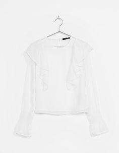 Blusa plumeti volante goma en puño - Camisas - Bershka España